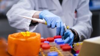 Отново рекорден брой нови случаи на заразени с коронавируса във Франция