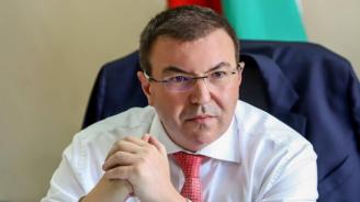 Проф. Ангелов: Очакват ни тежки зимни месеци и рискът здравната система да не издържи е реален
