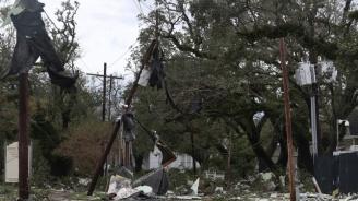 Ураганът Зета удари и САЩ
