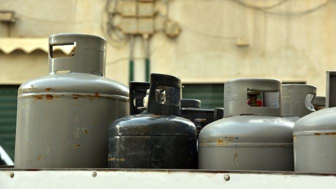 Инцидент с газови бутилки прати жена в болница
