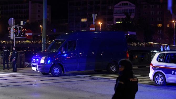Шест места са били взети на прицел по време на нападението във Виена