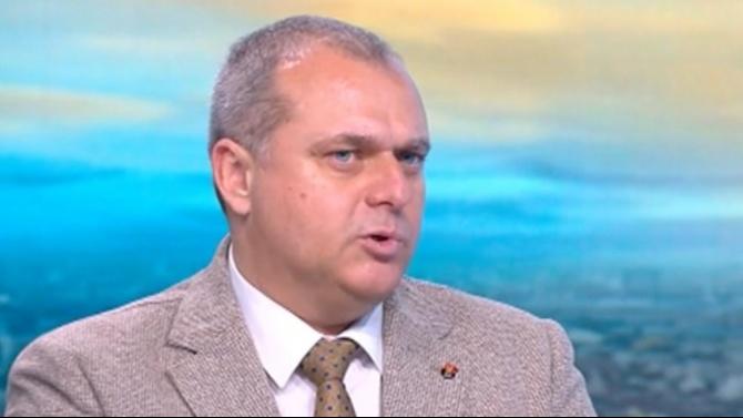 Искрен Веселинов: Единствено България няма процедури за защита на вечния длъжник