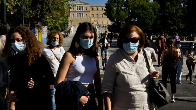 Гърция не изключва пълна изолация при влошаване на епидемичната ситуация