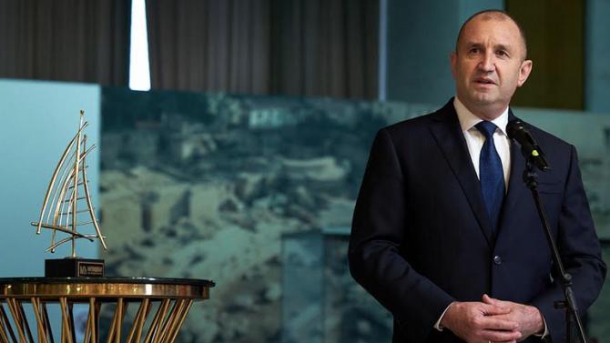 Румен Радев: България разчита на уменията на лидерите в бизнеса  да създават прогресивна среда и да налагат нови стандарти