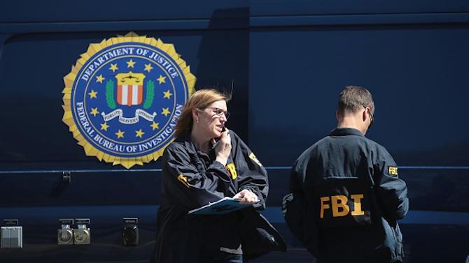 Американското ФБР проучва обаждания, призоваващи хората да си останат вкъщи в деня на изборите