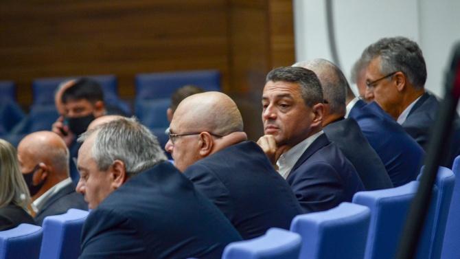 Пак спор в парламента, броиха поименно депутатите за кворум