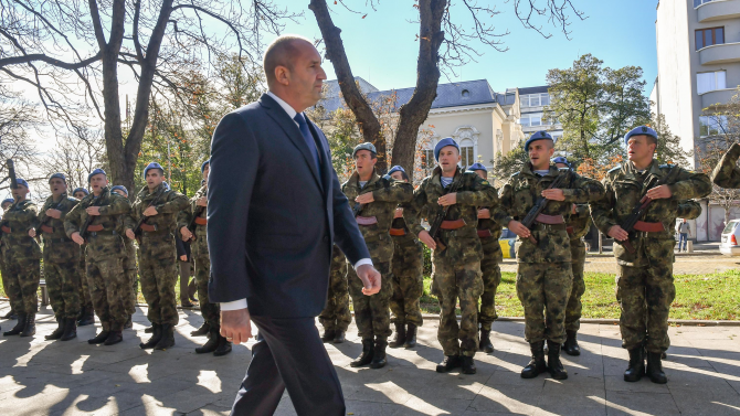 Румен Радев ще участва във военния ритуал - панихида за Архангелова задушница