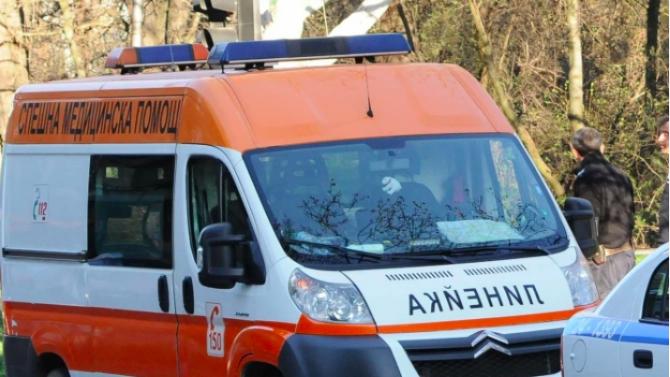 Тежка катастрофа с автобус в Ботевградско, има загинали