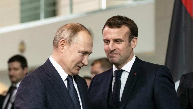 Макрон и Путин обсъдиха конфликта в Нагорни Карабах