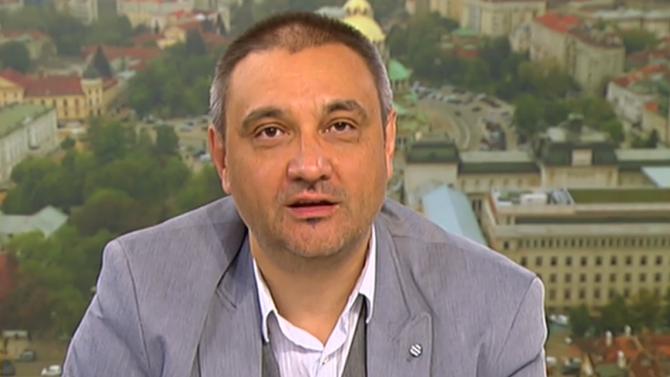 Проф. Андрей Чорбанов: Опитът показва, че пълният локдаун не спира разпространението на вируса