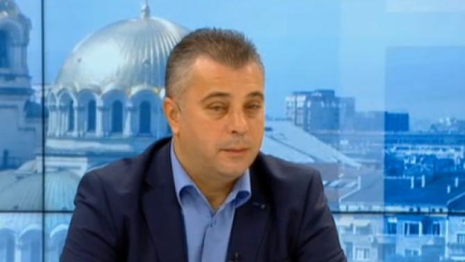 Юлиан Ангелов: Македония не може да влезе в ЕС като държава, сипеща омраза и обиди към България