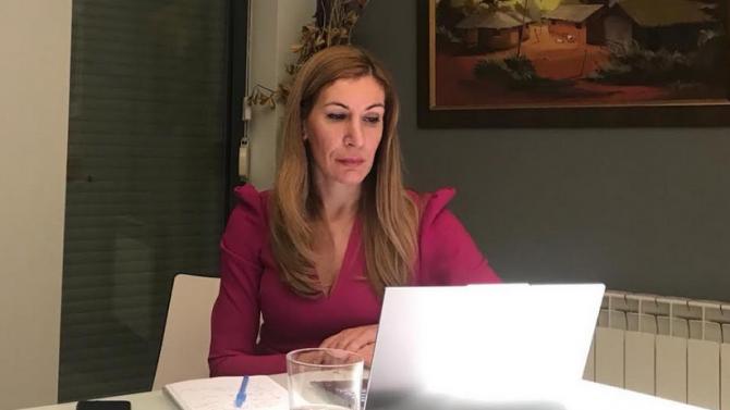 Ангелкова проведе онлайн форум с експерти в туризма от целия свят