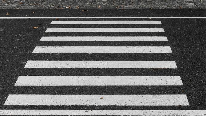 Oсъдиха 62-годишен шофьор, блъснал жена на пешеходна пътека