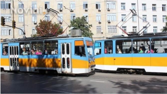 Ремонтират релсовия път по маршрута на трамвайни линии 11 и 22