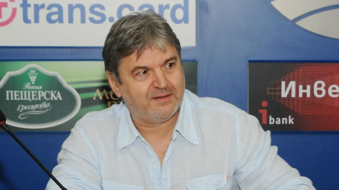 Петьо Блъсков: Корнелия Нинова и колегите ѝ правят политическо престъпление на гърба на пандемията