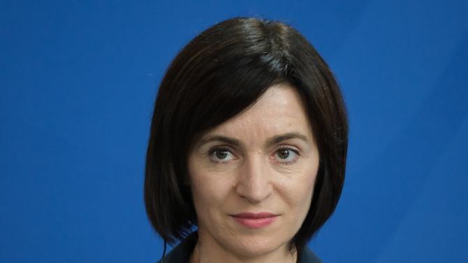 Мая Санду печели президентските избори в Молдова