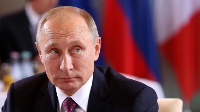 Владимир Путин поздрави Мая Санду за избирането й за президент на Молдова