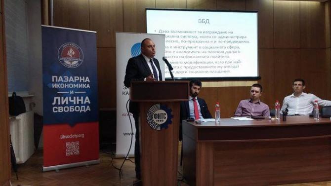 Румен Гълъбинов пред novini.bg: Не бива да допуснем икономическата криза да прерасне в дългова и фискална