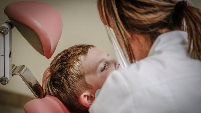 Стоматолог Влахова: Не сме на първа линия, а сме в пожара на вируса