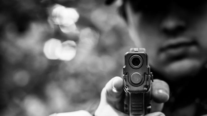 "Обирджия заплаши жена с пистолет в столичния  жк. ""Люлин"""