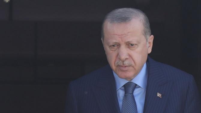 Ердоган обяви забрана за излизане в някои часове на уикендите