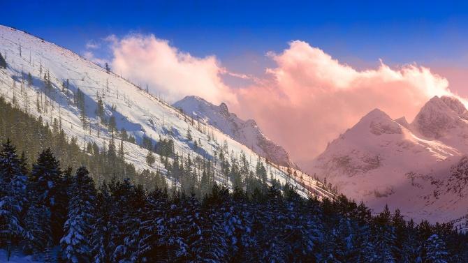 Първи сняг на Черни връх!