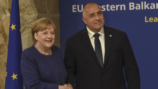 Бойко Борисов разговаря с Ангела Меркел