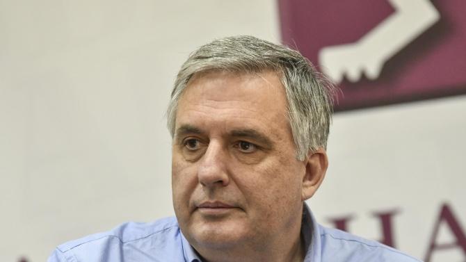 Калфин: Не мисля, че защитаваме българската история с позицията си за Северна Македония