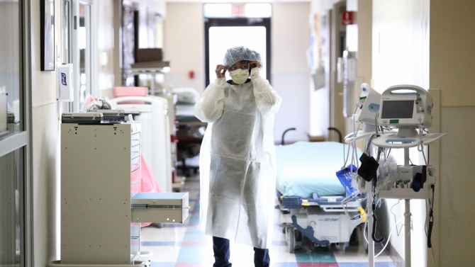 Млад мъж почина след часове лутане по болници в Бургас