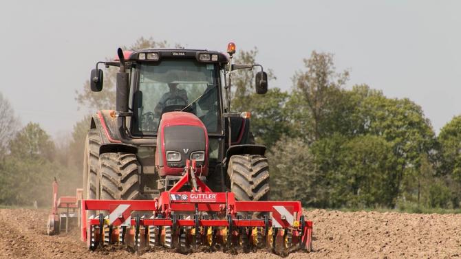 Фермерите ще получат отстъпка от акциза на горивото