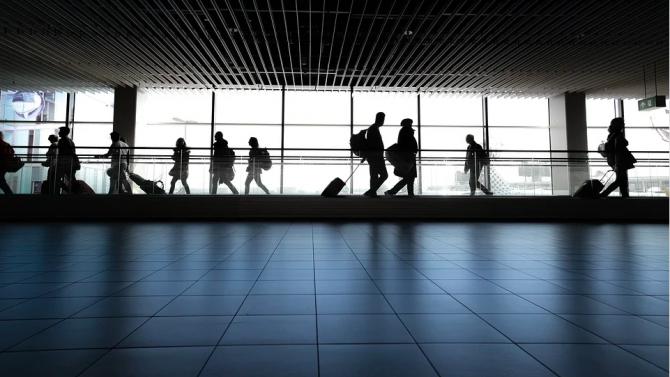 Англия въвежда нова схема за тестване на пътниците от 15 декември