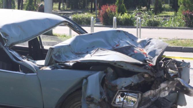7-годишно дете пострада при катастрофа на пътя Карлово-Баня