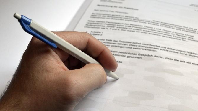 Броят на безработните в Сливенско продължава да намалява