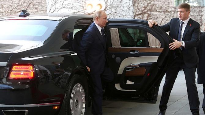 Путин не иска да се имунизира срещу COVID-19 с руската ваксина