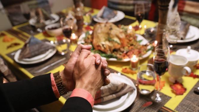 Денят на благодарността може да е успех или провал за мерки срещу COVID-19 в САЩ