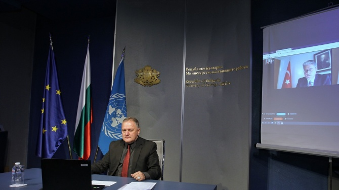 Заместник-министър Милен Люцканов участва в Международната конференция по Афганистан в
