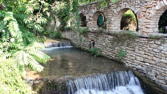 Приходите от туристически данък в Балчик спадат наполовина
