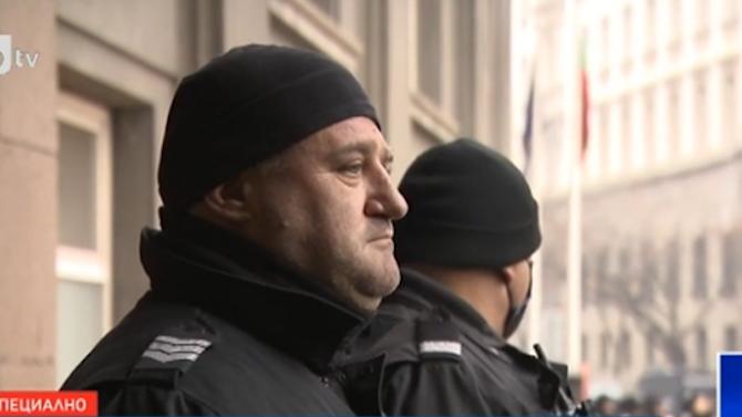 Полицаи от София спасиха пациентка с COVID-19