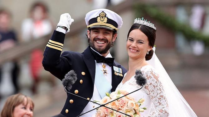 Шведският принц Карл Филип и съпругата му принцеса София са