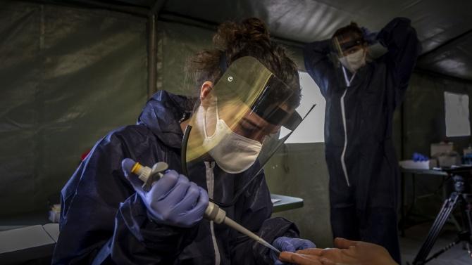 Чехия съобщи за 4048 нови COVID заразени за денонощието