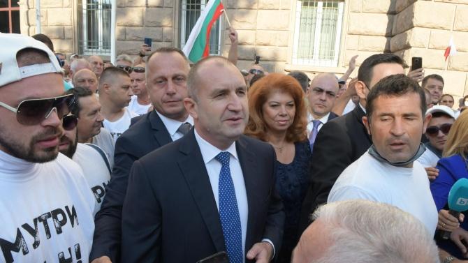 Виктор Димчев изригна срещу вечно критикуващия Румен Радев