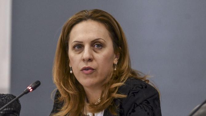 Министър Николова: Много е важна дисциплината на хората