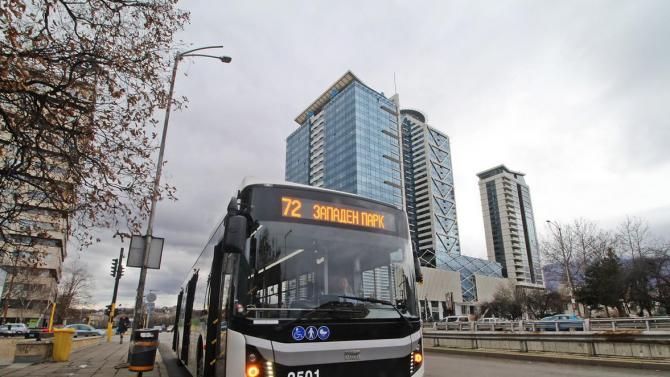 Обичан радиоводещ озвучава транспорта в София
