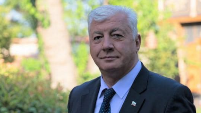 Кметът на Пловдив си счупи ръката