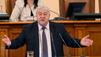 Депутатът Спас Гърневски е в болница с COVID-19