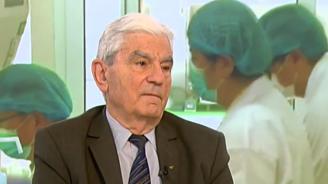 Академик Петрунов обясни кога да вземаме витамини заради COVID-19