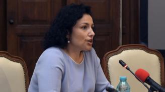 Десислава Танева отговори на екоминистър Димитров
