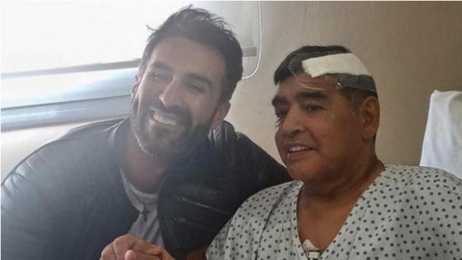 Личният лекар на Марадона за първи път проговори за смъртта на легендата