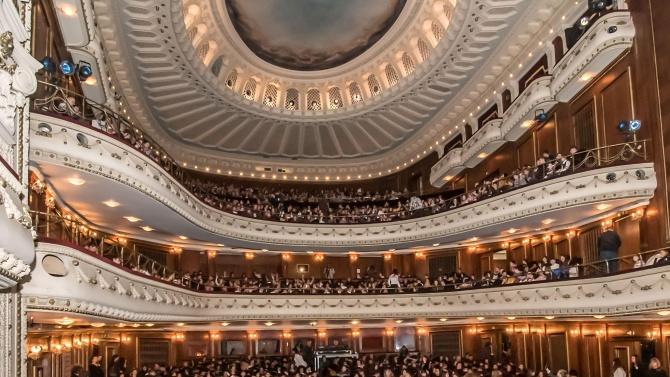 След смъртта на оперния певец Камен Чанев колегите му са в шок, искат затваряне