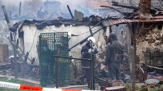 Семейство загина при пожар в хасковското село Динево